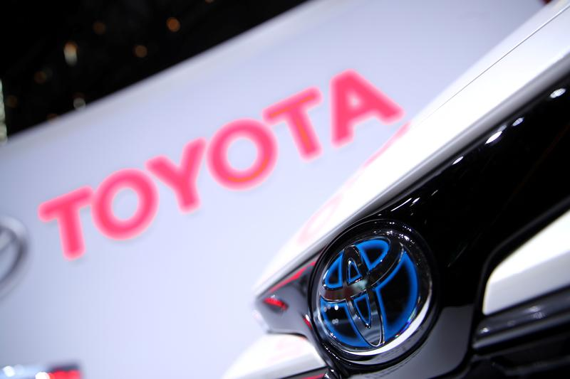 Toyota, Honda cut North America production amid supply chain woes